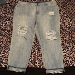 Forever 21 Distressed Boyfriend Jeans-Size 16(NWT)